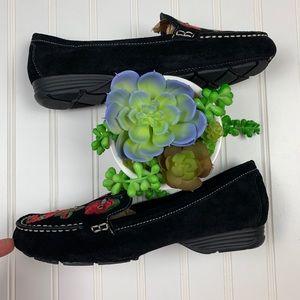 BareTraps Shoes - Baretraps Otella Embroidered Suede Loafers    A311